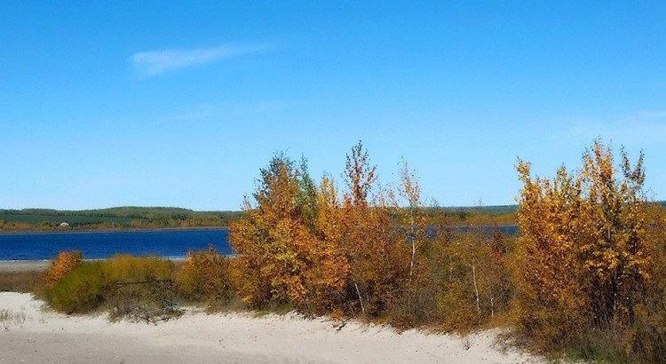 autumnLake2